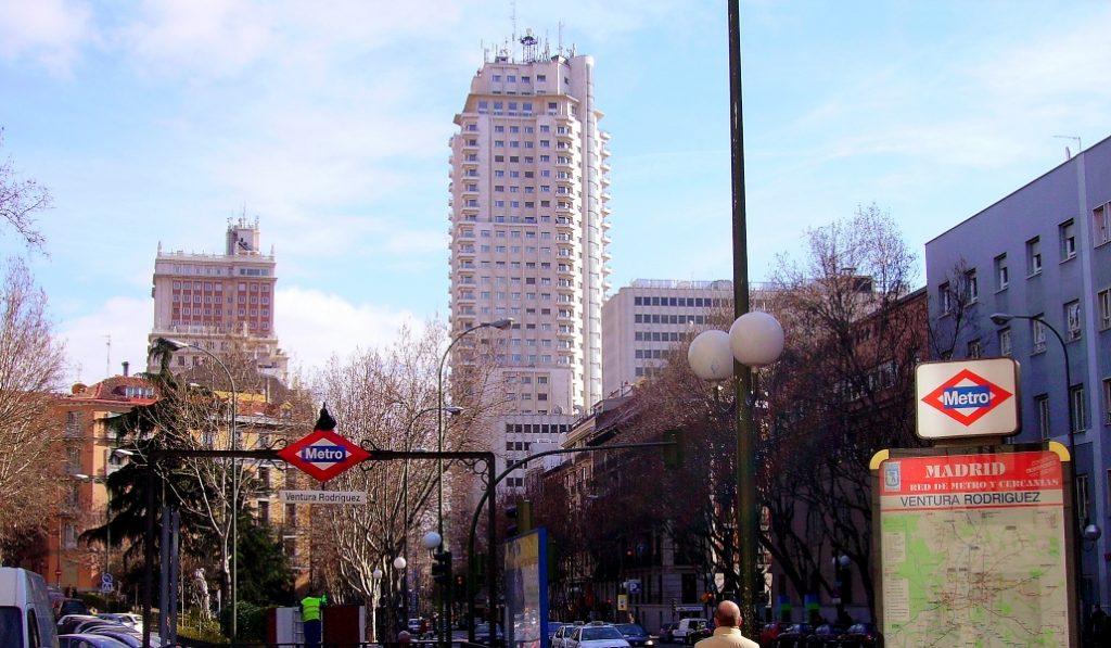Aceras más anchas y una vía menos para los coches: la nueva calle Princesa