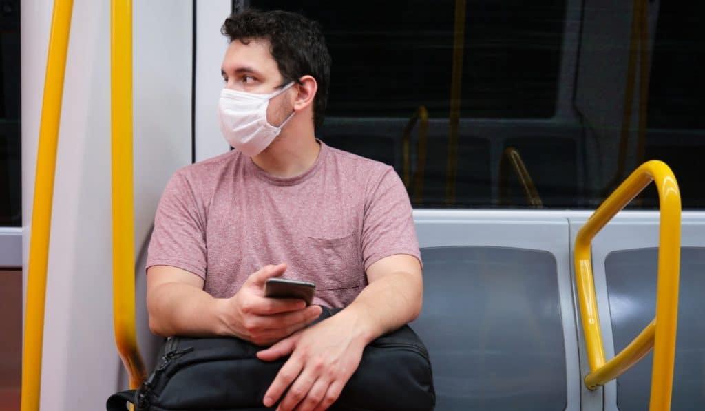 Madrid refuerza el servicio de Metro y aumenta la frecuencia de autobuses en un 30%