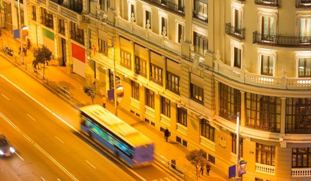 Todos los buses nocturnos e interurbanos de Madrid tendrán paradas a medida