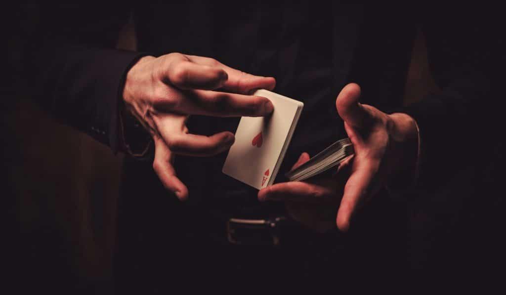 El mago marrón: espectáculo, taller de magia y mucho humor