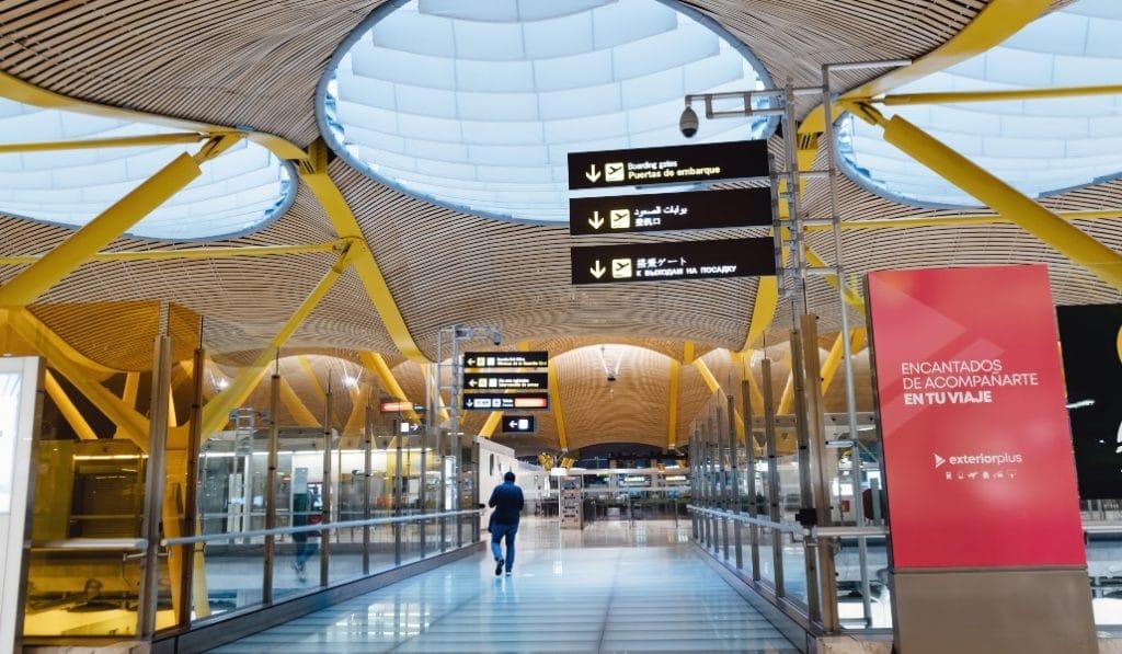 ¿Qué pasa si tengo que coger un tren o un avión desde Madrid?