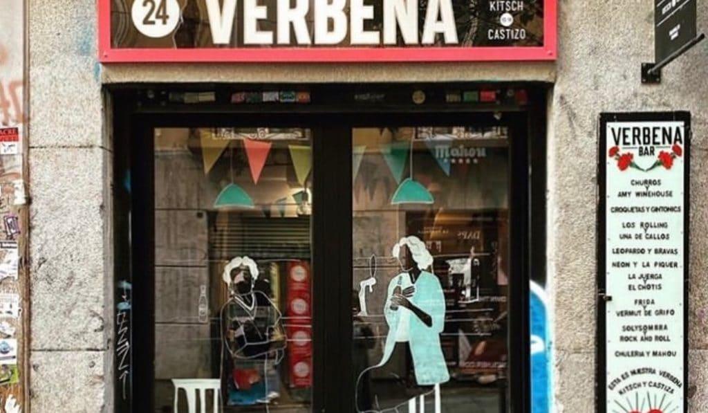 Las fachadas de 20 locales de Malasaña, pintadas por artistas urbanos