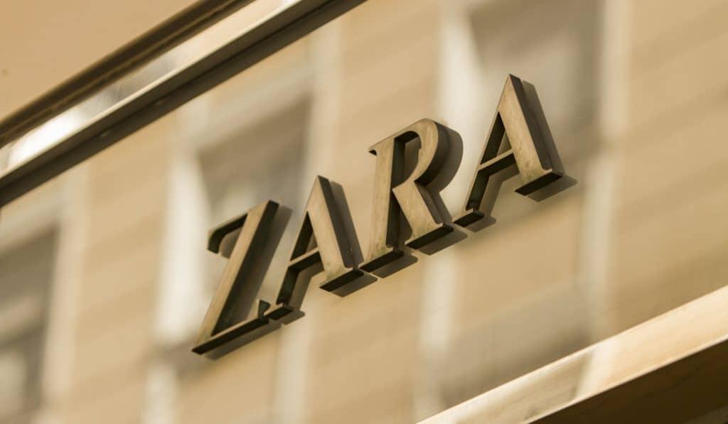 La primera tienda de Zara abierta fuera de Galicia cerrará en 2021