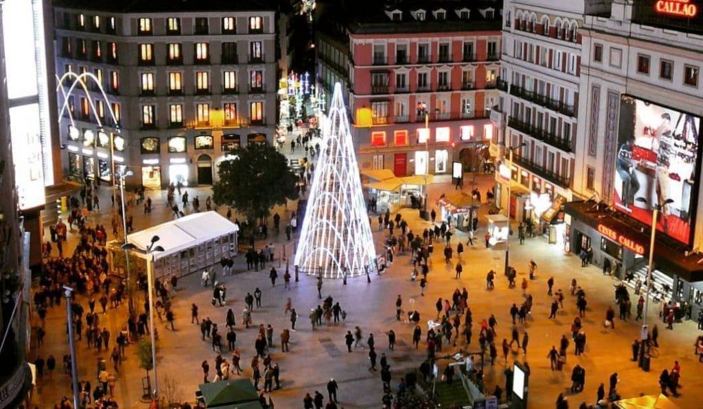 Madrid propone ampliar el toque de queda y aumentar a 10 el máximo de personas para estas navidades