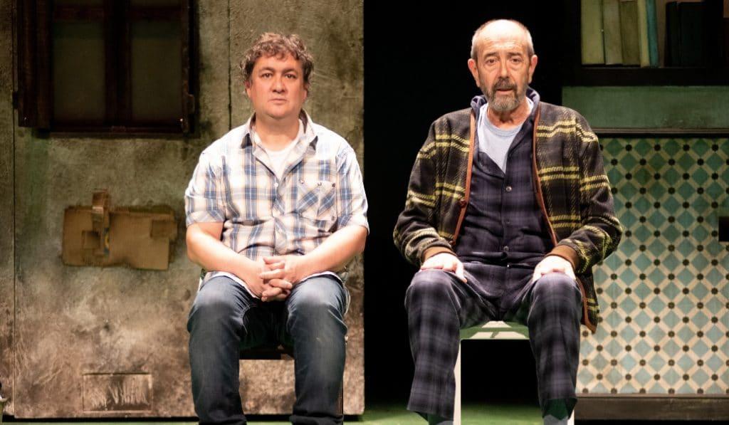 Los asquerosos, la exitosa novela de Santi Lorenzo, llega al Teatro Español