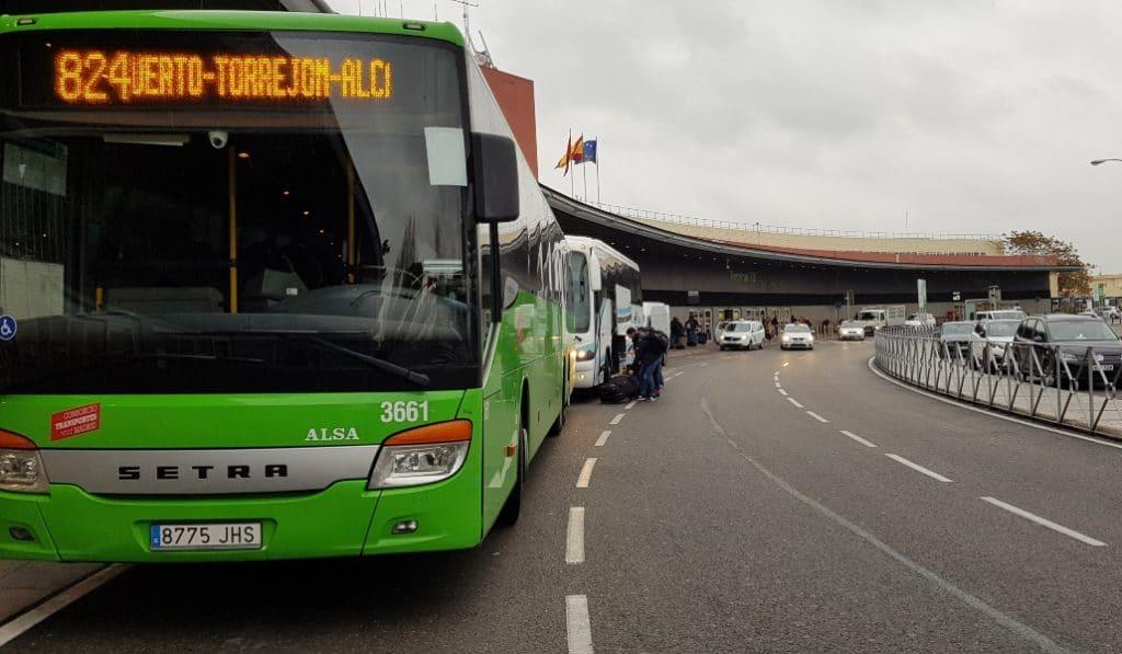 Los autobuses interurbanos circularán al 100% la semana que viene