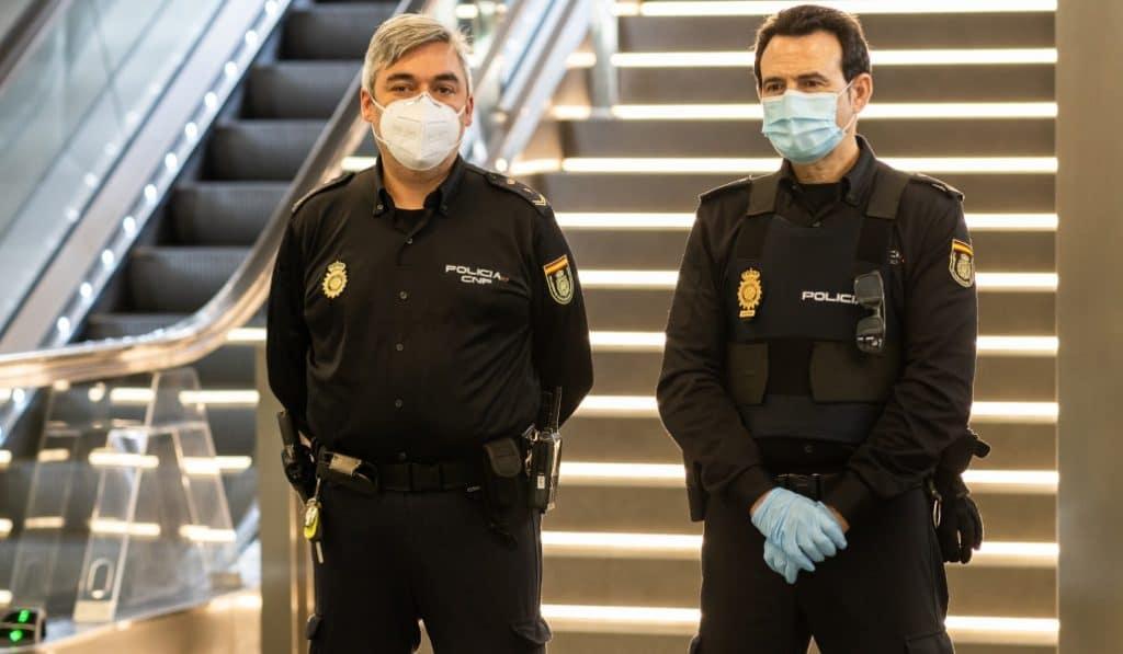 La policía ha puesto más de mil multas por incumplimiento del toque de queda