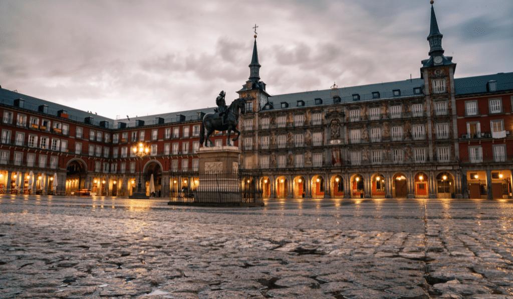 El toque de queda en Madrid se mantiene una semana más