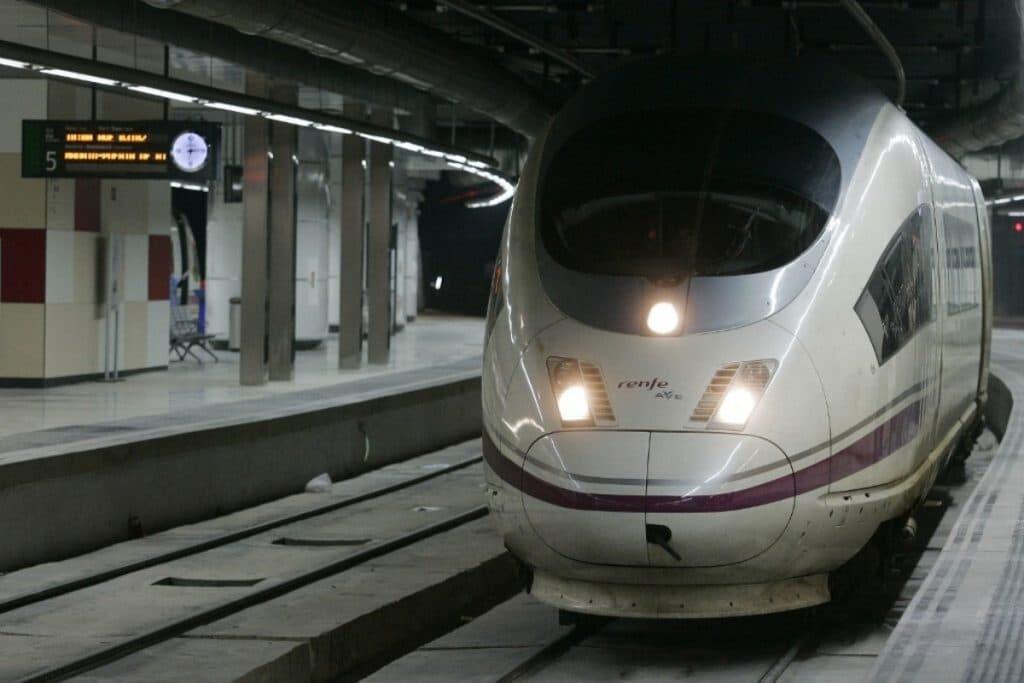 El AVE podría llegar al Aeropuerto Madrid-Barajas