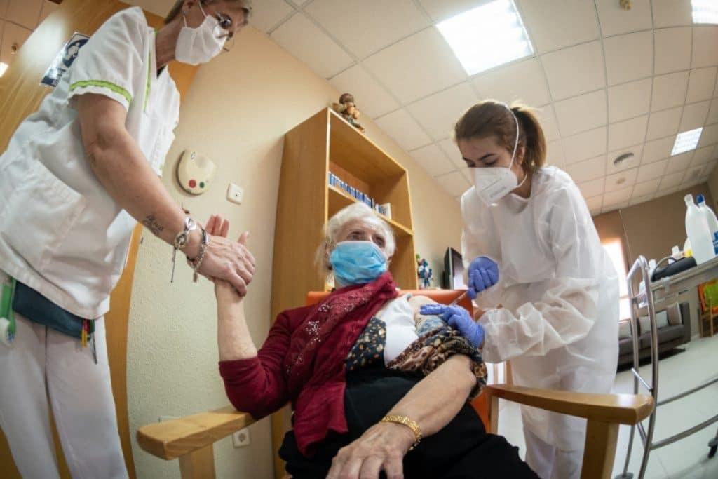 ¿Cuántas personas hay que vacunar en Madrid para lograr la inmunidad de rebaño?