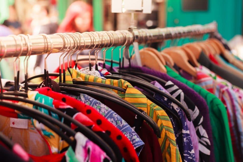 Llega a Madrid el mayor evento de ropa vintage al kilo de Europa