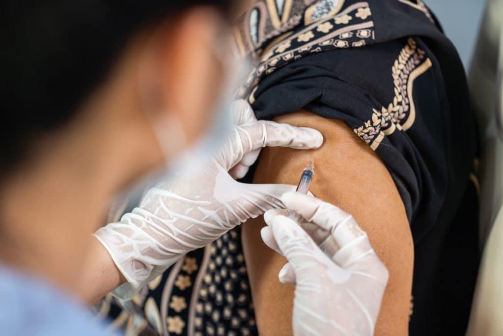 Madrid empezará a vacunar este miércoles a personas de entre 40 y 49 años