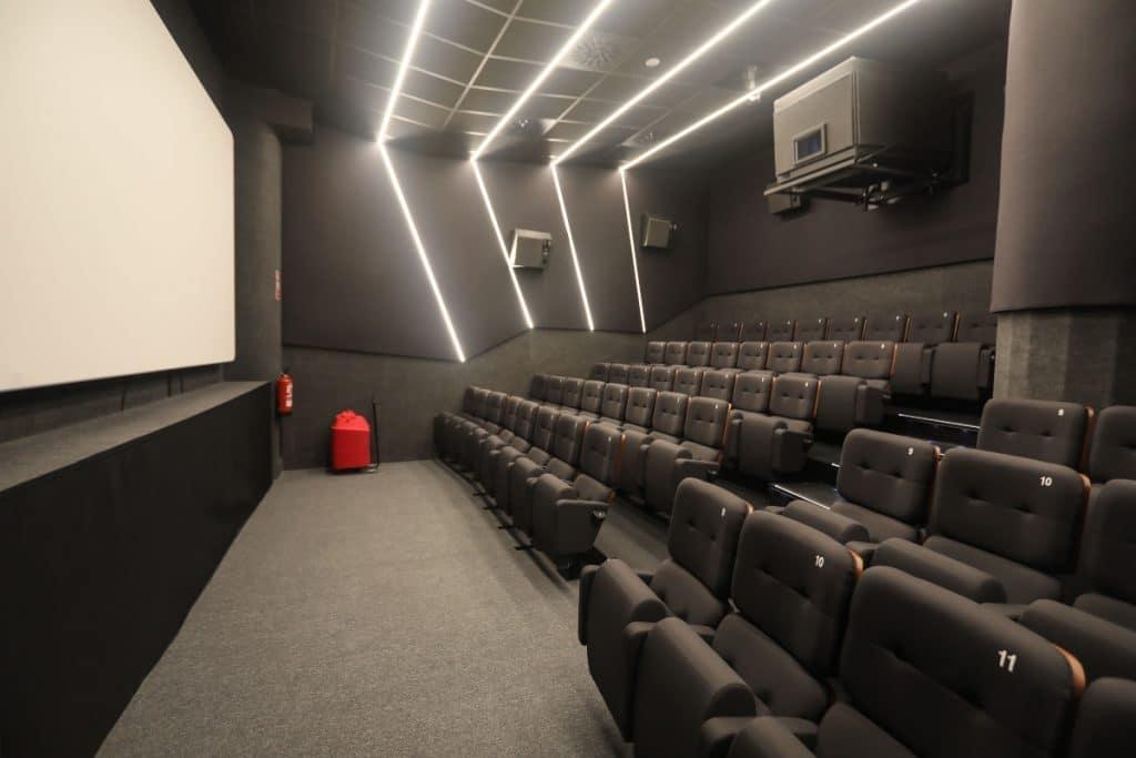 El Cine Embajadores programa películas y actividades para el Orgullo LGBT