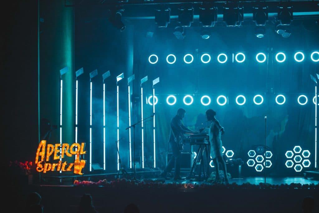 Aperol Spritz celebra el concierto más neocastizo con Fuel Fandango