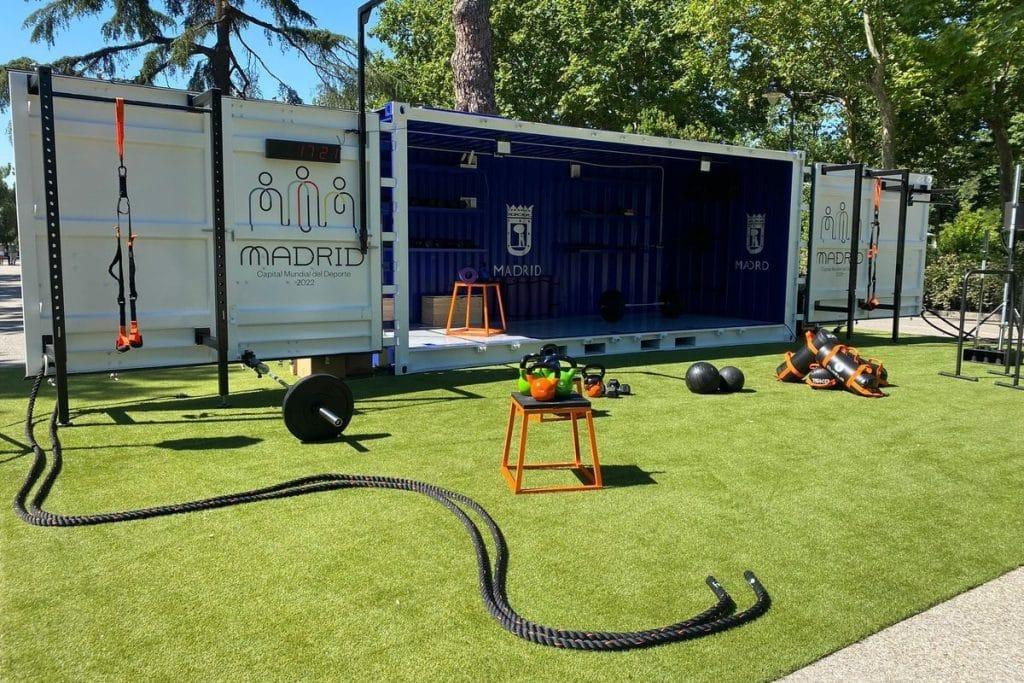 El gimnasio municipal, gratuito e itinerante llega al Parque Juan Carlos I