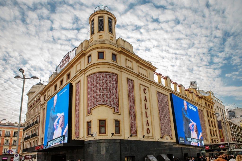 Abre al público por primera vez en años la azotea de los Cines Callao