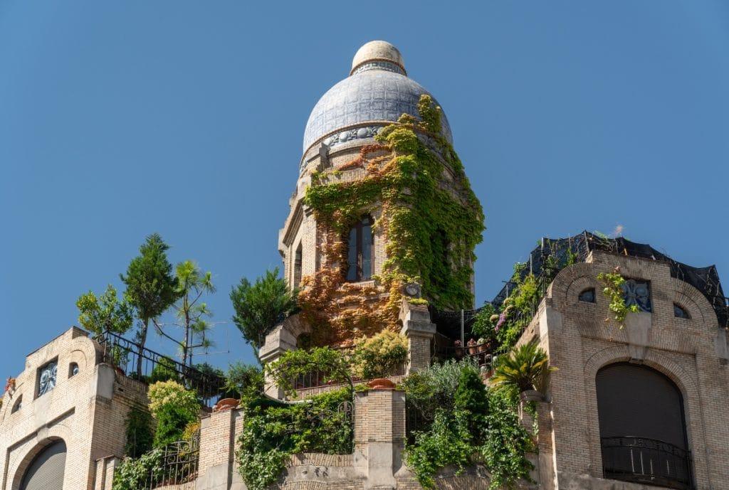 Casa dos Portugueses: una terraza que sorprende desde el asfalto