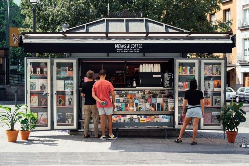 Abre News&Coffee: el kiosco con prensa de calidad y café de especialidad