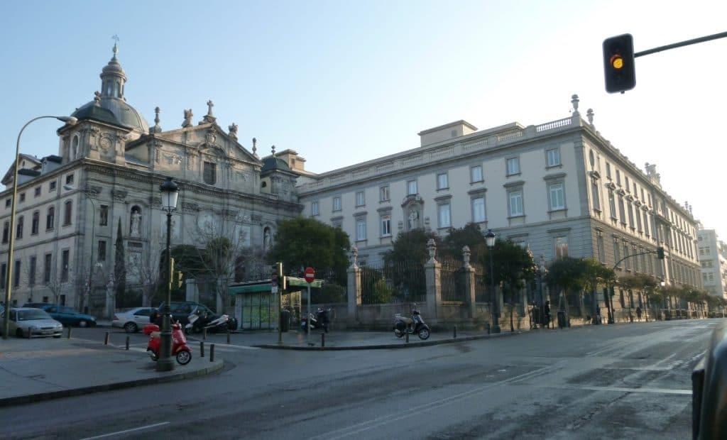 Madrid peatonalizará tres calles del Centro (y tendrá una nueva plaza arbolada)