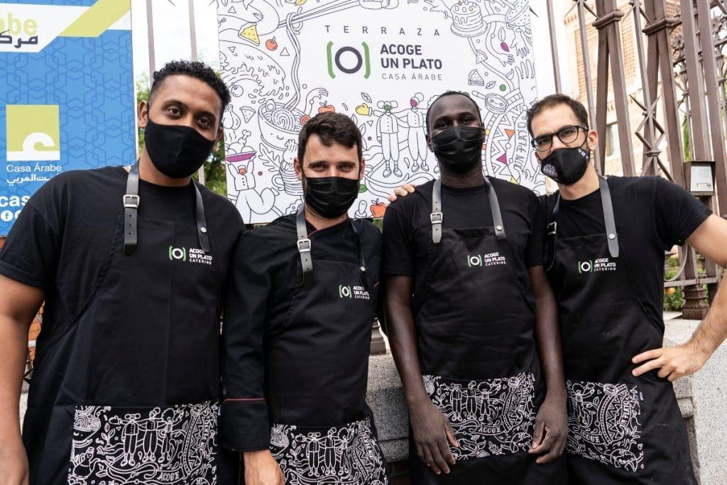 La terraza de La Casa Árabe acoge una propuesta gastronómica solidaria