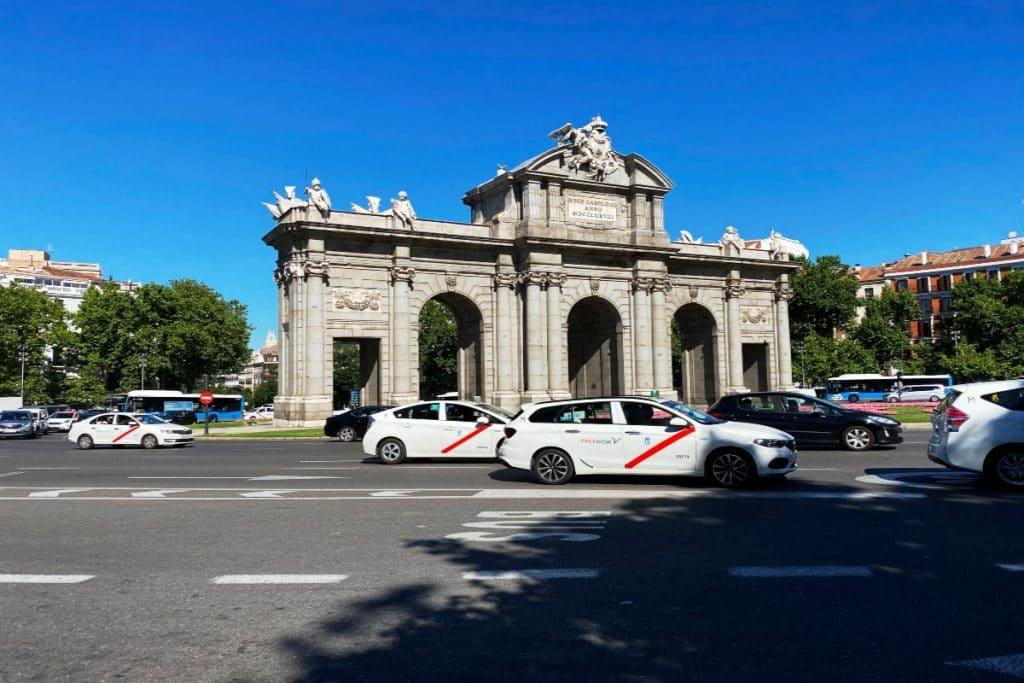 Los taxistas de Madrid ya pueden viajar con copiloto