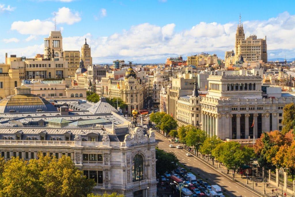 La economía madrileña creció por encima de la media nacional en el último año