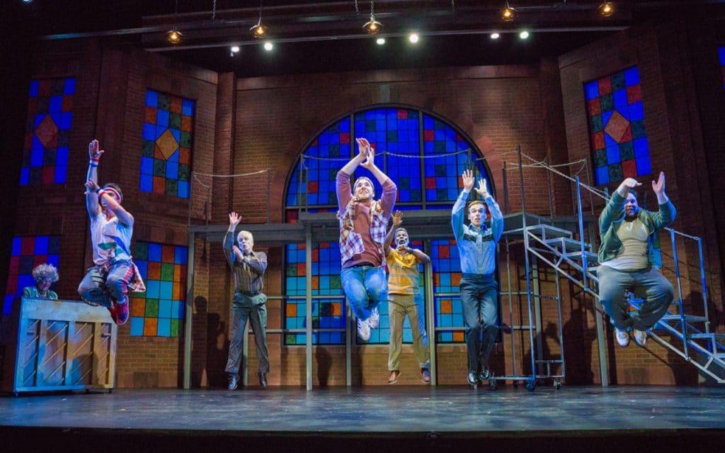 'The Full Monty, El Musical': el striptease masculino elevado a mito