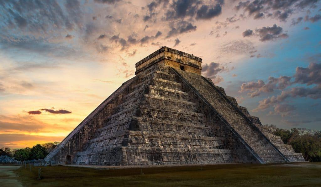 Madrid tendrá una pirámide de 30 metros de altura que servirá como teatro