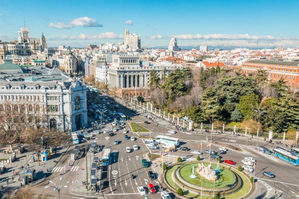 Este domingo ha comenzado la retirada de la señalética de Madrid Central