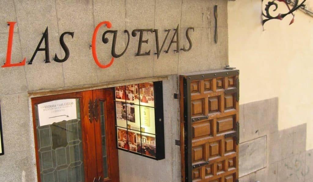 Reabre Las Cuevas de Luis Candelas, uno de los bares más emblemáticos de Madrid