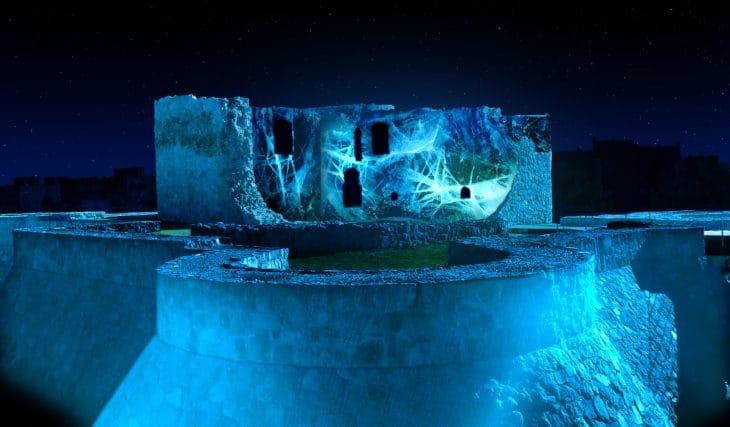 Un castillo de Madrid se convierte en un enorme iceberg