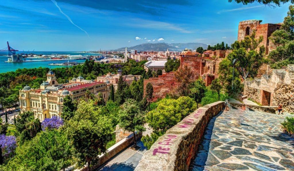 Calendario laboral de Málaga en 2021: ¿cuántos puentes tenemos?
