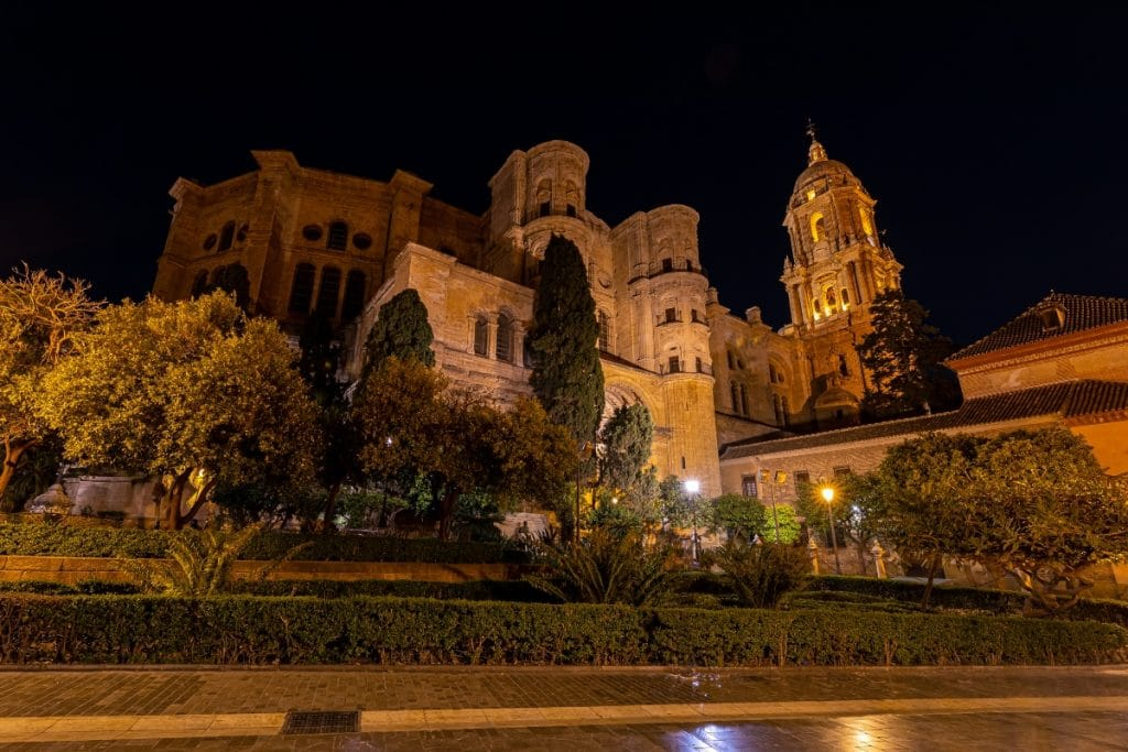 Andalucía se despide del toque de queda tras el fin del estado de alarma