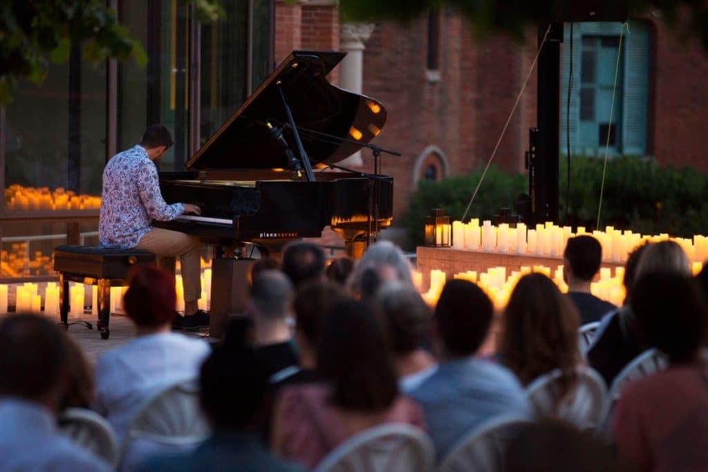Candlelight: tributo a Ludovico Einaudi bajo la luz de las velas