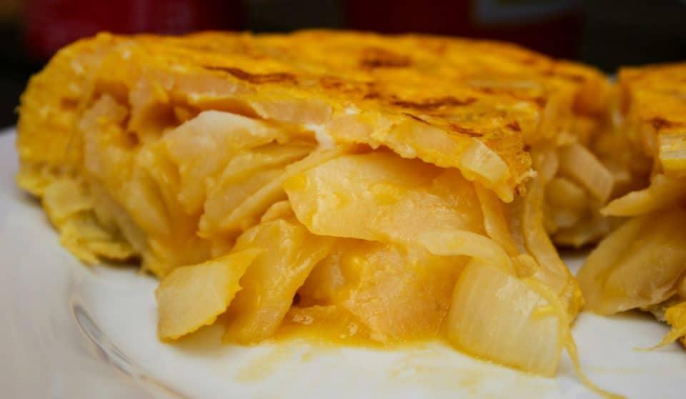 Fin al debate de la tortilla: casi un 75% de la población la prefiere con cebolla