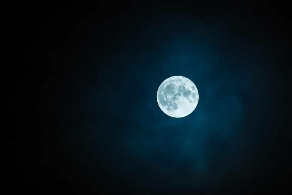 Luna Azul: el fenómeno que podremos ver este domingo en Málaga