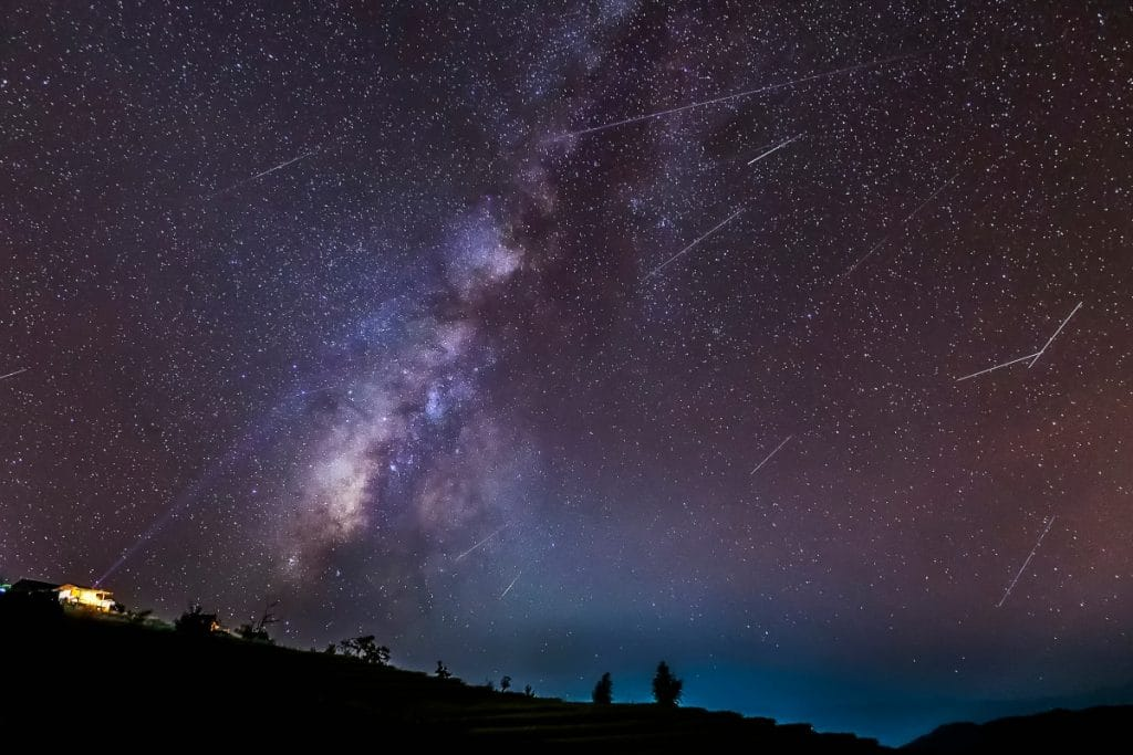Se acercan las Dracónidas: una de las lluvias de meteoros más caóticas del año