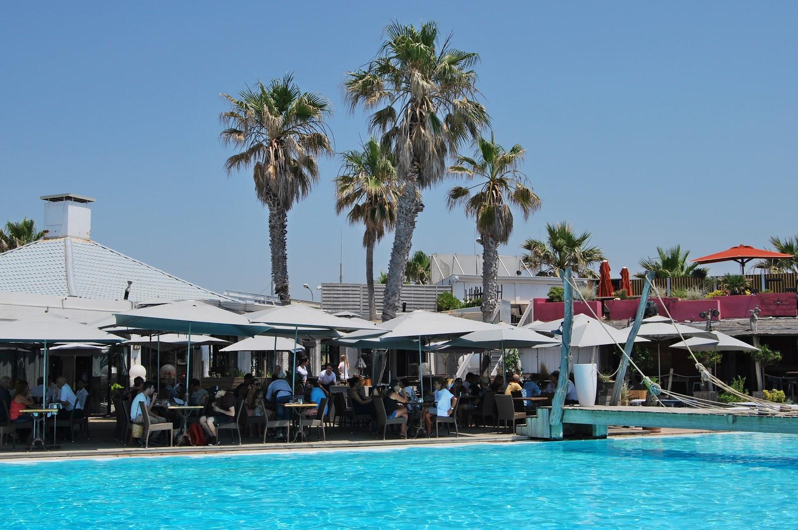 sport beach marseille terrasse plage sortir boire un verre