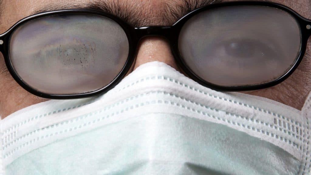masque buée lunettes
