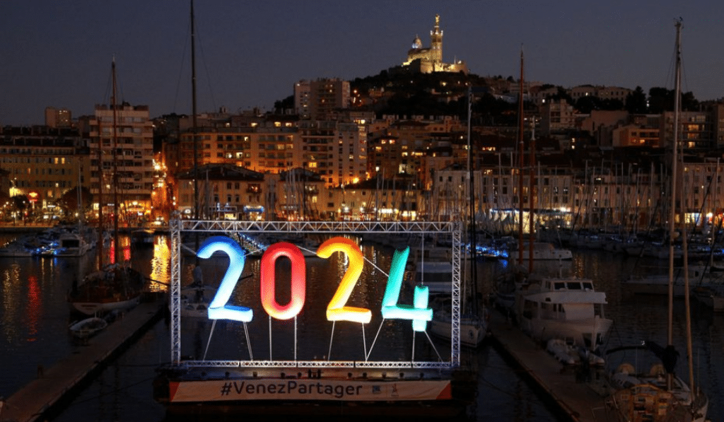 JO 2024 : Un village olympique en conteneurs recyclés