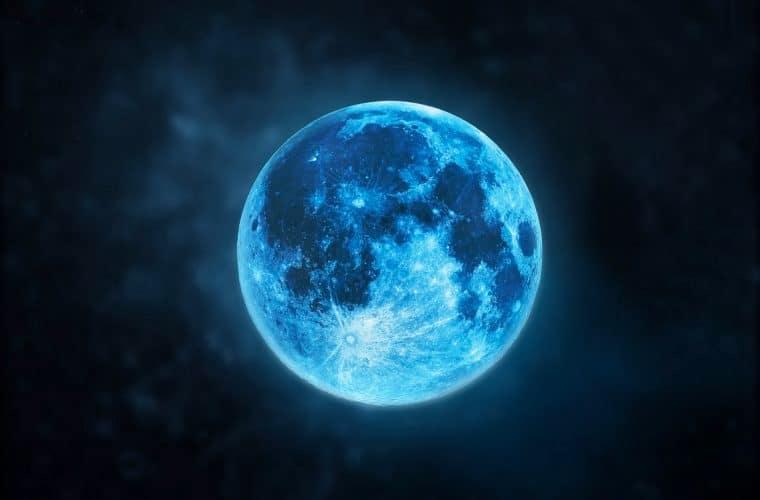 Le soir d'Halloween 2020, la lune sera bleue !
