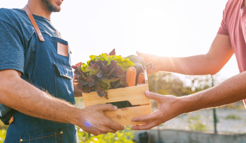 """Des produits frais et locaux livrés sur le pas de votre porte avec """"Du Marché au palier"""""""