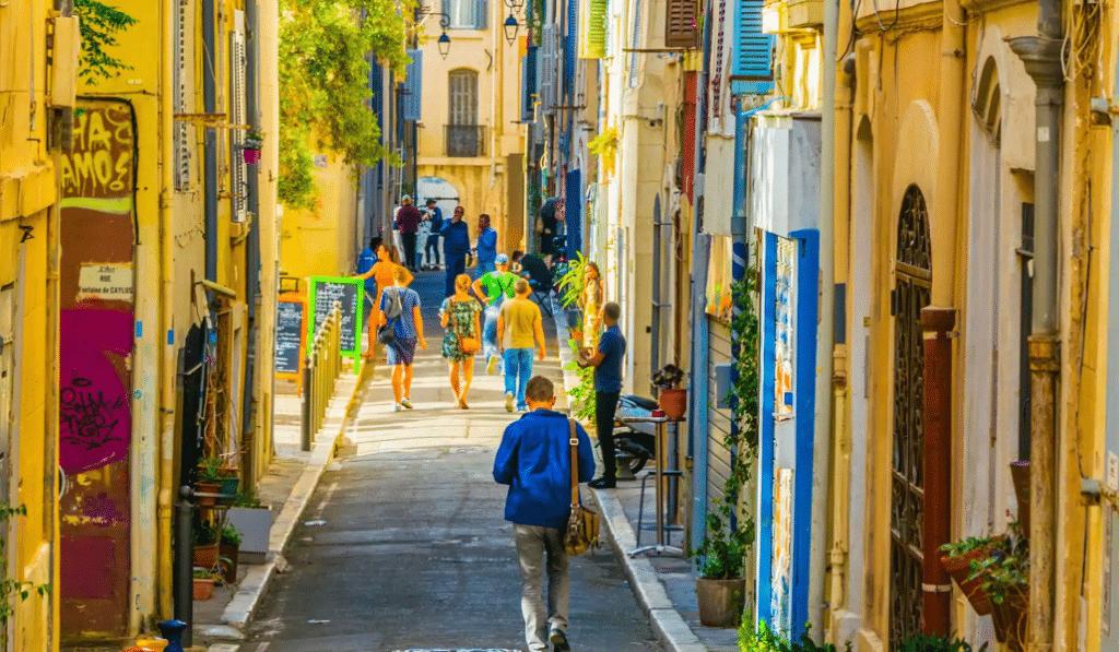"""""""Consommons local"""" : la nouvelle plateforme pour soutenir les commerçants de Marseille"""