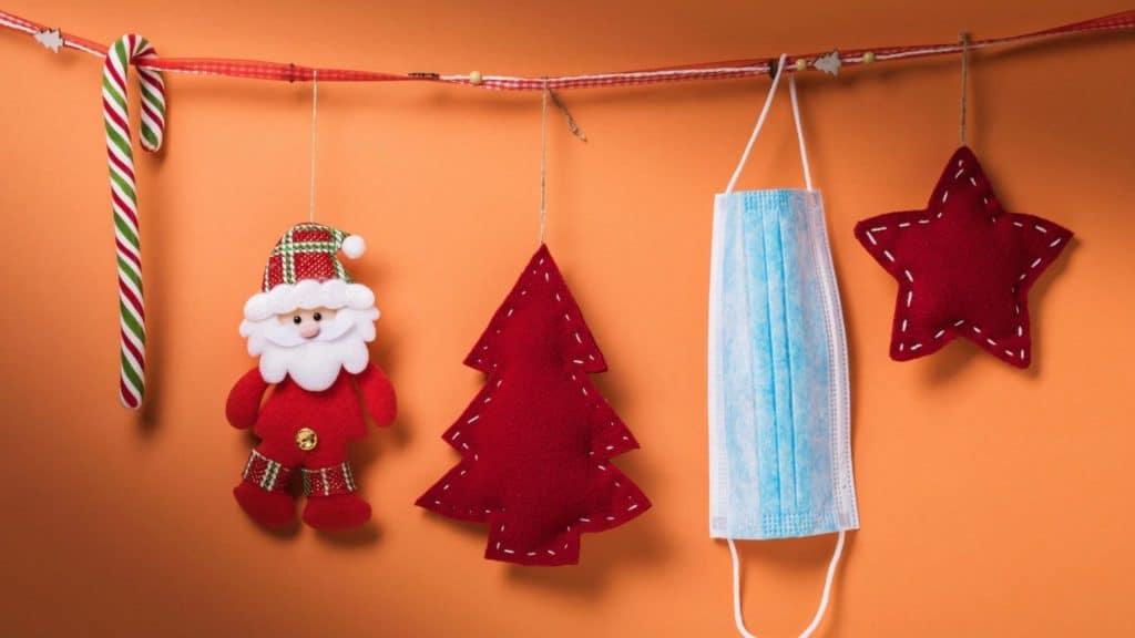 Les plus beaux masques Covid décorés pour fêter Noël 2020 en toute sécurité !