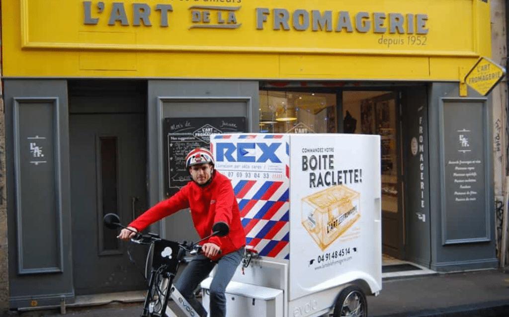 Journée mondiale de la raclette : découvrez la Boîte à Raclette à domicile !