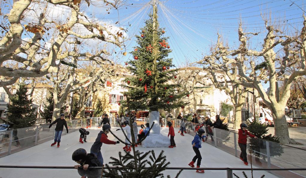 La patinoire écologique de Cassis est de retour jusqu'au 7 mars !