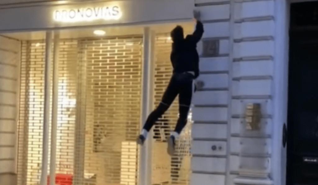 Deux marseillais font le buzz sur TikTok en éteignant les lumières inutiles des magasins !