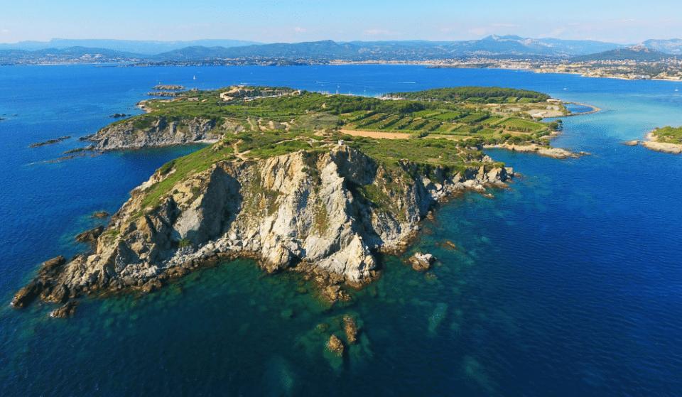 Alerte Job de Rêve : Partez en Job d'été sur une île paradisiaque à deux pas de Marseille !