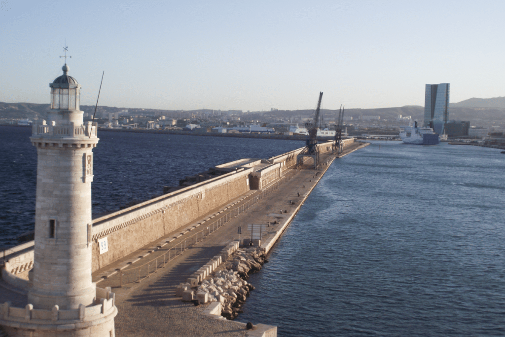 Marseille : La Digue du Large pourrait être à nouveau accessible au public !