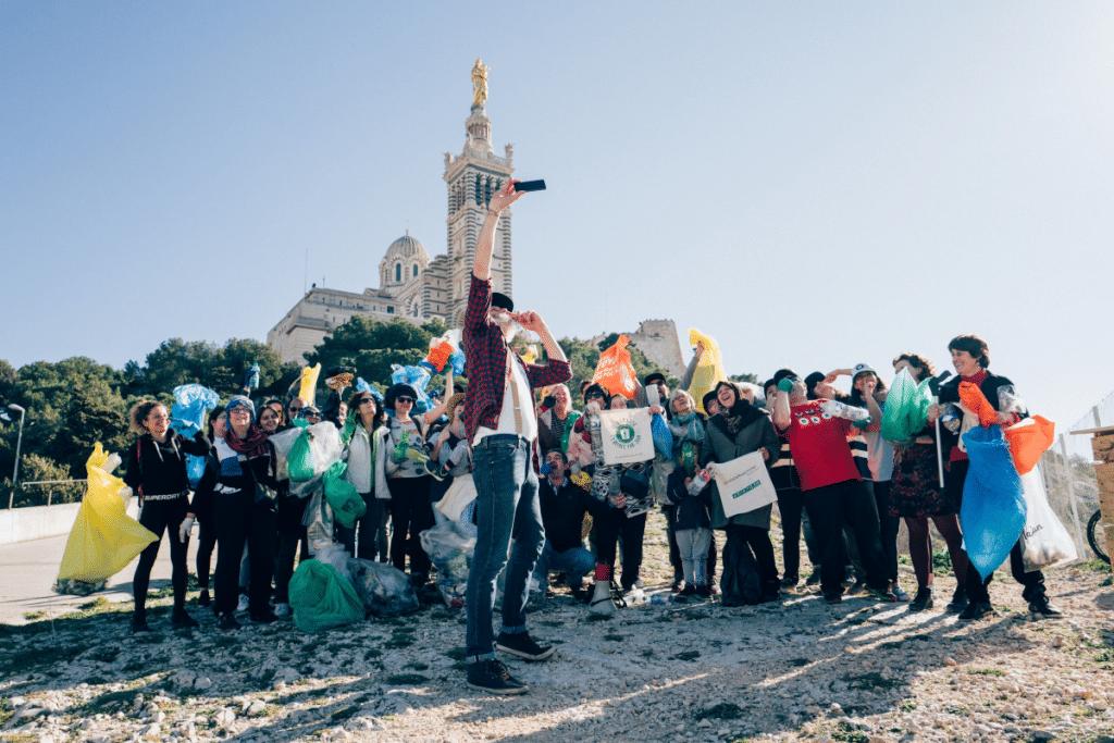 Journée Mondiale de la Terre : 1 Déchet par jour lance une Grande Collecte de Déchets à Marseille !